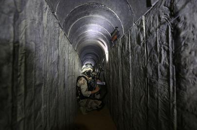 مليارات إسرائيلية لإنشاء حاجز ضد أنفاق غزة