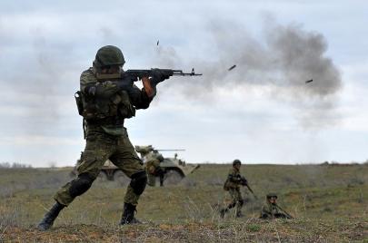لأول مرة.. مصر وروسيا تقيمان مناورات عسكرية مشتركة