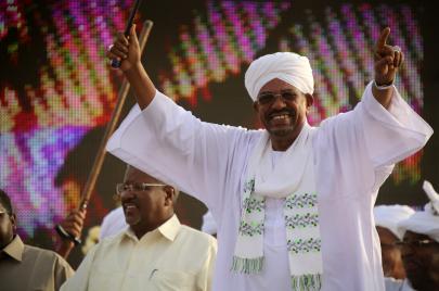 امتصاص الصدمات الاقتصادية على الطريقة السودانية