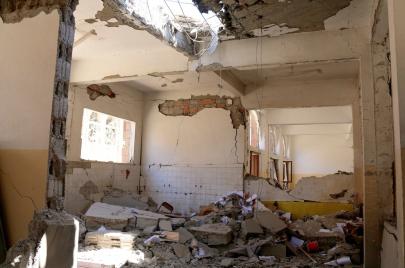 اليمن.. عام دراسي دون مدارس
