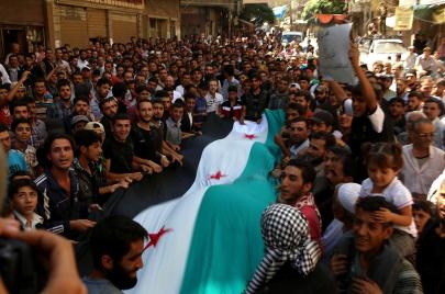 أغنيات الثورة السورية.. من الأرض لأجل الإنسان