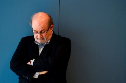 سلمان رشدي على