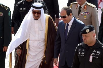 كيف تحاول مصر احتواء الغضب السعودي تجاهها؟