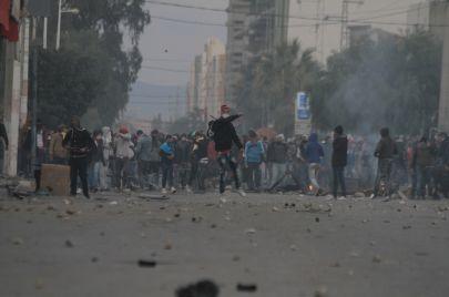 برهان القاسمي.. الثورة التونسية تأكل أبناءها؟