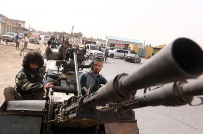ماذا تفعل القوات الفرنسية في ليبيا؟