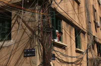 خصخصة الكهرباء في لبنان.. فواتير اللحم الحيّ