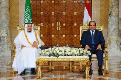 هل بدأت الحرب الباردة بين مصر والسعودية؟