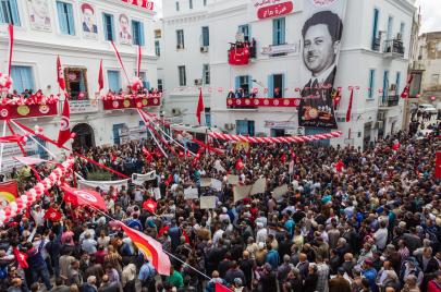 تونس في يوم العمال.. حدثني عن الفساد