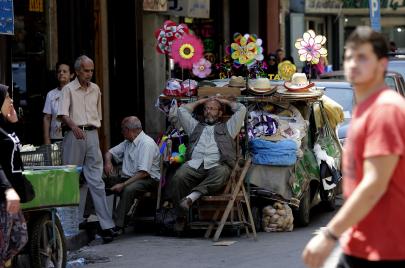 لبنان في المؤشر العربي.. لاطائفيون في بلد طائفي