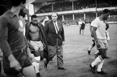 قصة كأس العالم 1966.. كارثة حلت بإيطاليا والبرازيل