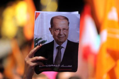 لبنان.. حملة ضد توقيف عون لناشط بسبب