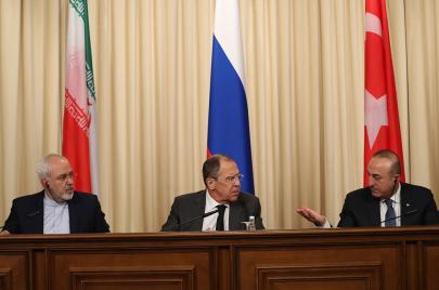 سوريا..سباق دولي لكسب أوراق التفاوض في الأستانا