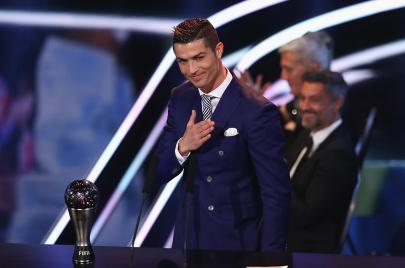 4 أمور لم يقم بها أحد غير كريستيانو رونالدو في تاريخ كرة القدم