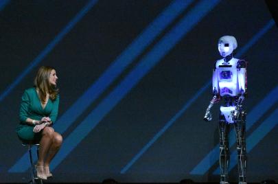 ما هي اتجاهات التكنولوجيا المستقبلية لعام 2017؟