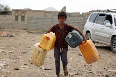 كيف تحاول السعودية غسل جرائمها في اليمن؟