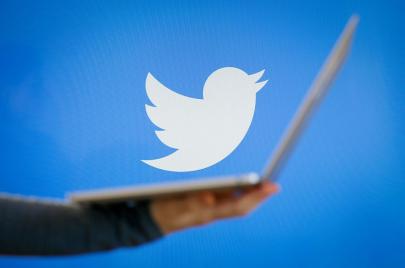تويتر تبدأ تجربة الاشتراكات المدفوعة للمستخدمين عبر خدمة