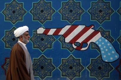 هل نشهد حربًا أمريكية على إيران قريبًا؟