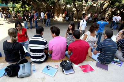 غياب الخدمات في الجامعة اللبنانية يشعل حراك الطلبة