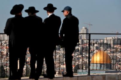 رؤوس القائمة السوداء.. دولة أُخرى تفكر في نقل سفارتها بإسرائيل للقدس