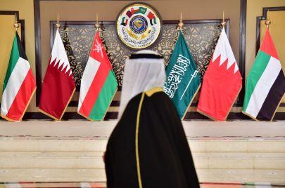 القمة الخليجية.. جمود على حافة الأزمة وإساءة دول الحصار لجهود الكويت