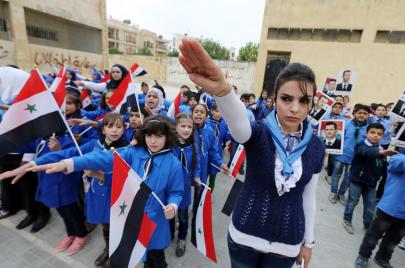 النظام السوري واليمين الفرنسي.. أكثر من مجرد مصالح مشتركة