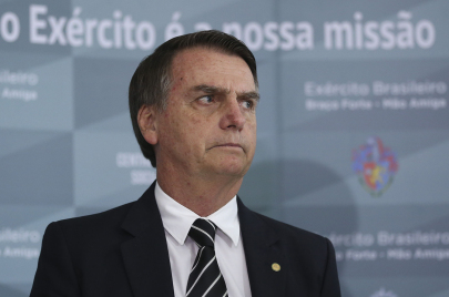 الفاشية تعود بفسادها.. بولسونارو يبدأ ولايته بفضائح كبرى هزت البرازيل