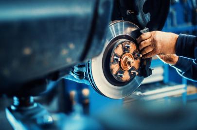 كيف تعرف أن فرامل السيارة بحاجة إلى صيانة؟