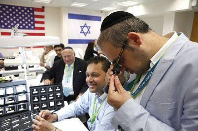 كيف أصبحت دبي ملاذ عصابات تهريب الماس الإسرائيلية؟