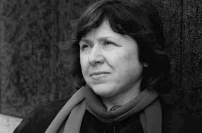 سفيتلانا أليكسييفيتش: ليس للحرب وجه أنثوي